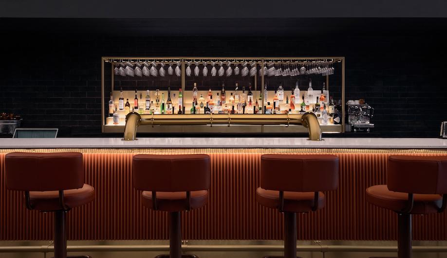 Bar St-Denis, Montreal, Appareil architecture